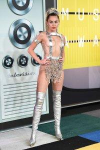 Miley_Cyrus_VMAs